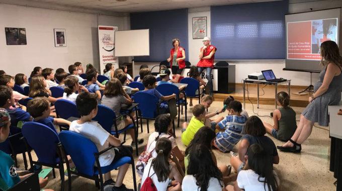 Donació A La Creu Roja Dels Alumnes De 4t I 5è De Primària